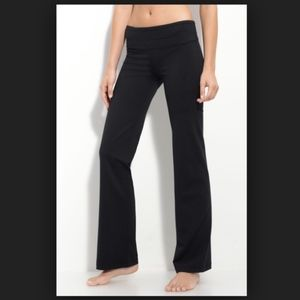"Zella Booty Reversible Pant, Black 31"" Inseam"